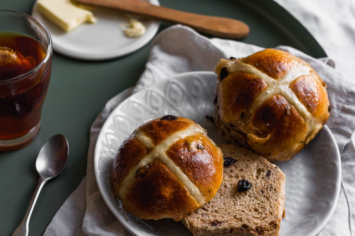 hot cross buns on plate