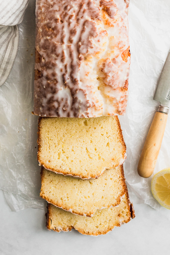 lemon drizzle cake with glaze with slices